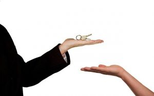 Real Estate Agent Key - Questions to ask your realtor before selling